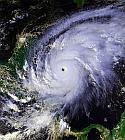 Los huracanes y como reducir impacto en tu bolsillo